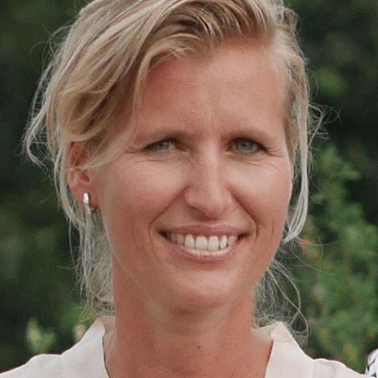 Froukje van der Lende UBS